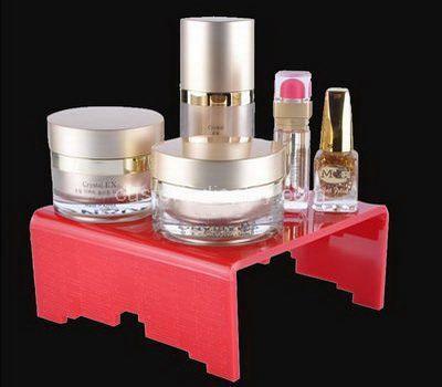 Cosmetic display riser