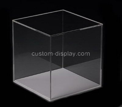 Plastic display box