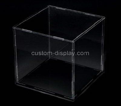 Plastic presentation boxes