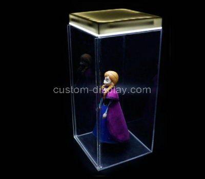 Doll showcase