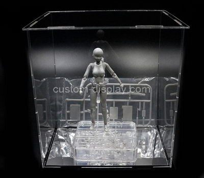 Custom display cases for collectibles