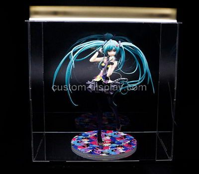 Plexiglass showcase