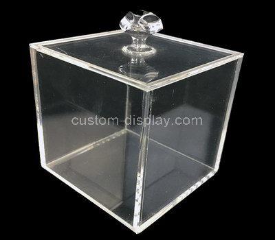 square display case