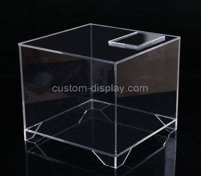 retail display case with storage