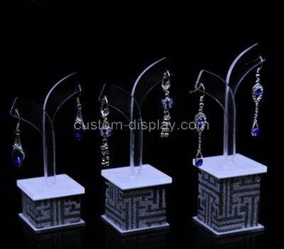 earring retail display
