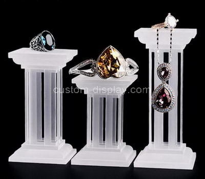 lucite fashion jewellery display stands
