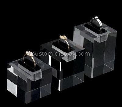 lucite unique ring holder