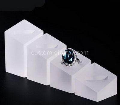 perspex ring holder