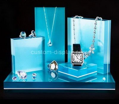 jewelry show display