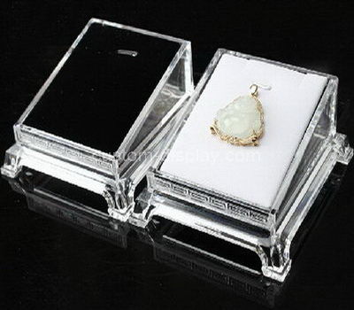 Pendant display box