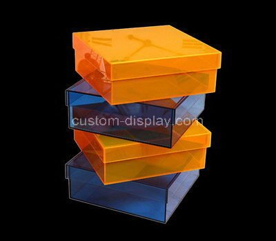 plastic box with lid