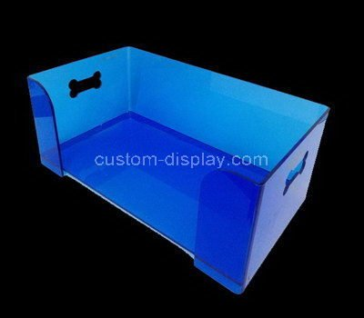 storage box with carry handle