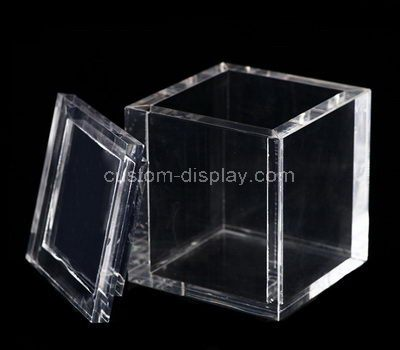 Square small clear acrylic box with lid