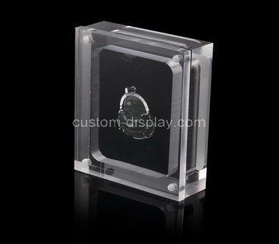 Clear acrylic pendant display case