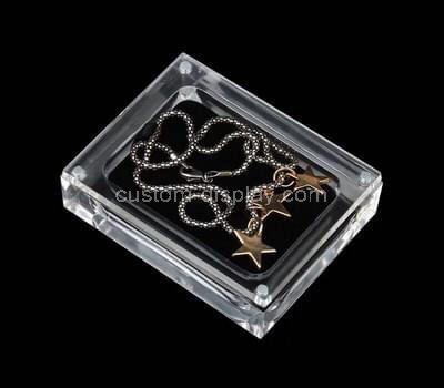 Custom acrylic necklace display case