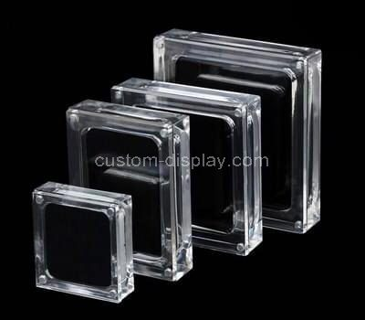 Custom clear acrylic jewelry display case