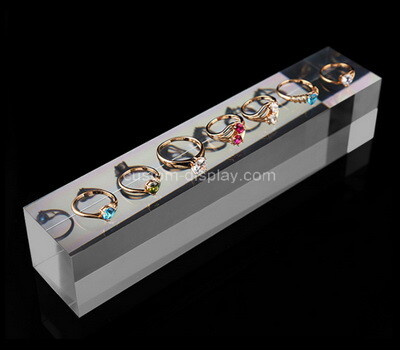 Custom plexiglass jewelry rings display block