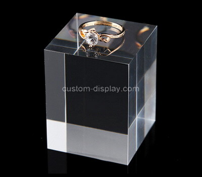 Custom plexiglass ring display cube