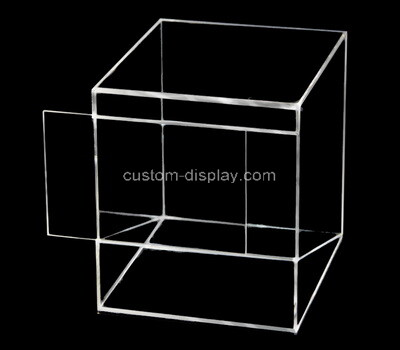 Custom square clear plexiglass display case