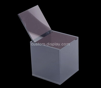 Custom square acrylic hinged lid box