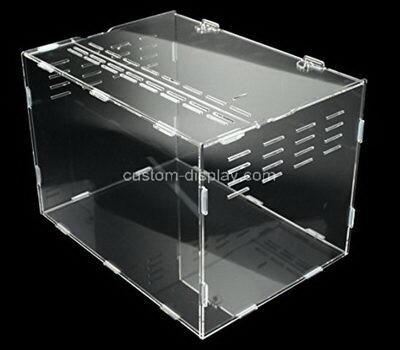 Custom plexiglass feeding box acrylic habitat for hermit crabs, bugs, spiders