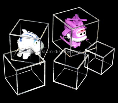 Customize acrylic toys display case lucite display box